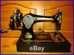 1912 Antique Singer Sewing Machine Model 28 Victorian , Hand Crank, Serviced