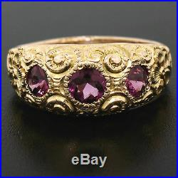 Antique Victorian 14K Yellow Gold 1.40ctw Rhodolite Garnet Hand Engraved Ring