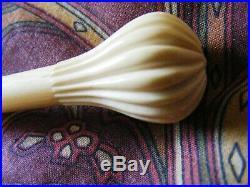 Antique Victorian C1880 hand-made cream lace tatting parasol folding stem handle