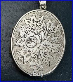 Antique Victorian LARGE Hand Engraved FLOWERS Roses Bouquet LOCKET / Pendant