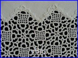 FAB Antique VICTORIAN English Tea Tablecloth 34 Hand Made Venetian Lace PRISTIN
