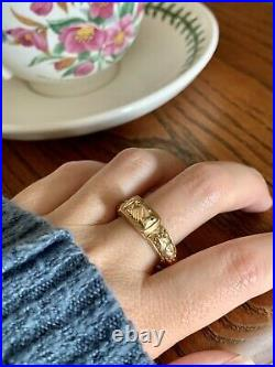 FEDE Rare VICTORIAN Antique POISON 14k Gold Ring Locket Snuff Hands Floral Band