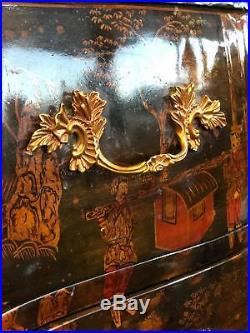 Maitland Smith hand painted chinoiserie bombe nightstands