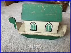 Rare Green Antique Noahs Ark With Hand Carved Animals
