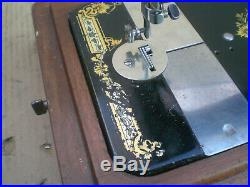 Vintage Singer Hand Crank Antique Sewing Machine with Victorian Decals and case